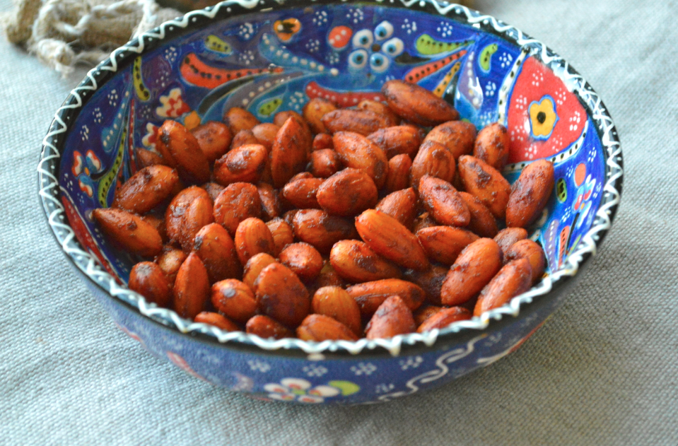 paprika roasted almonds