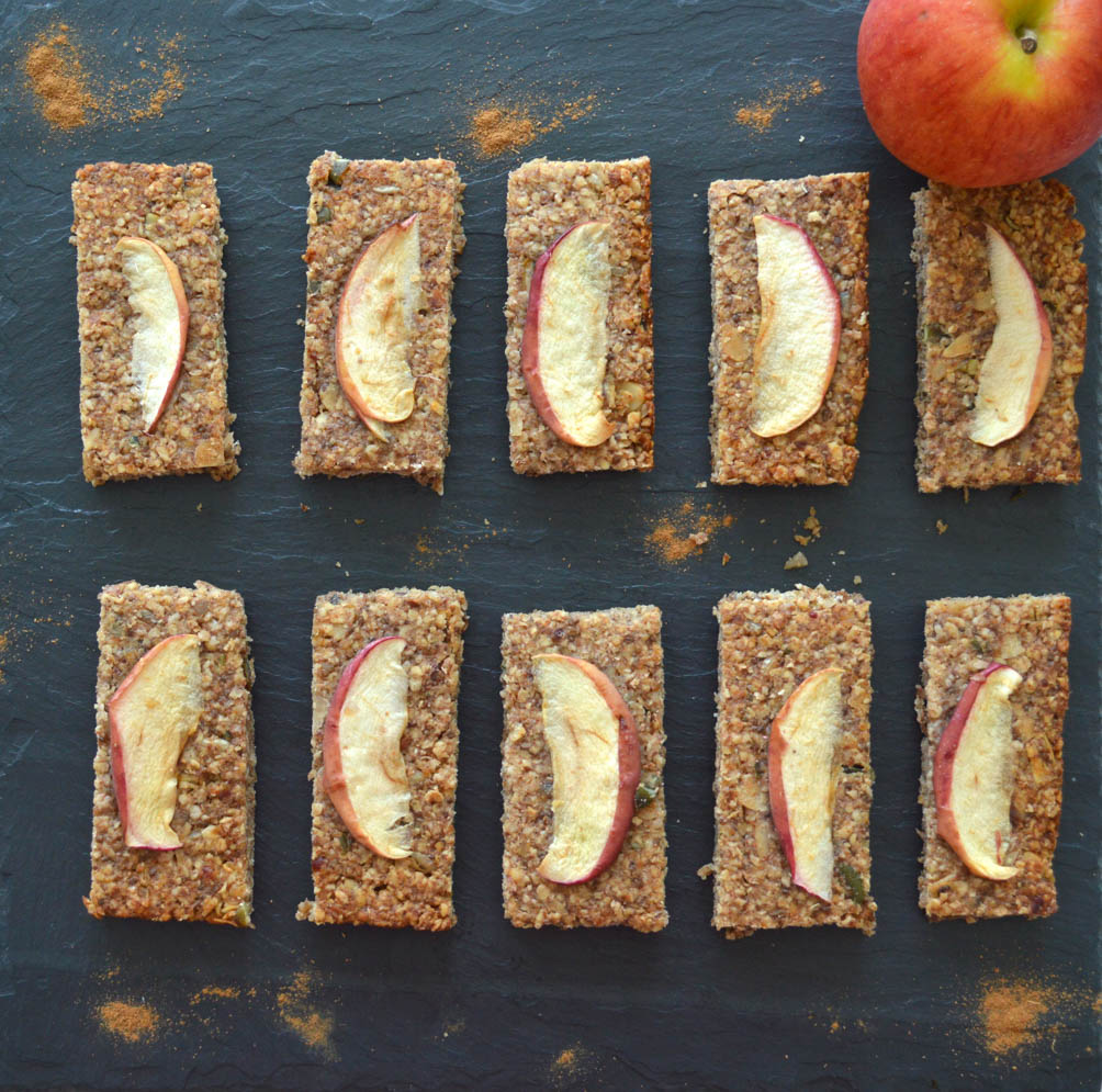 Apple and Cinnamon Breakfast Bars