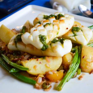 Warm Cuttlefish and green bean salad
