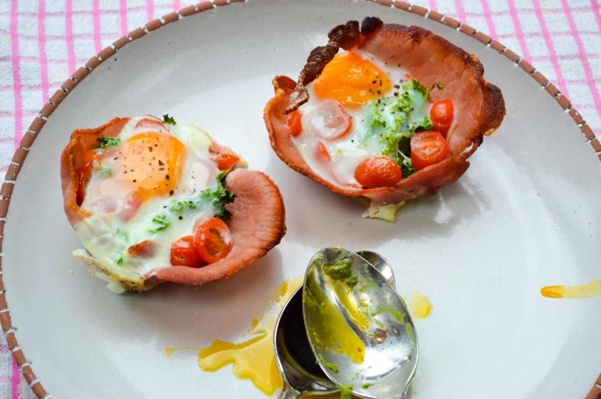 Egg, Bacon and Kale Cups